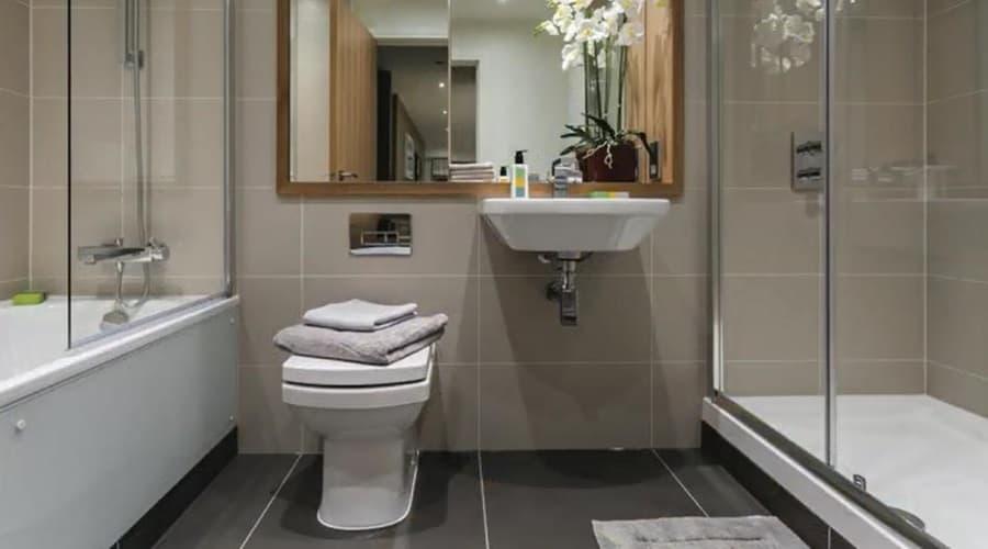 MWE Apt Bathroom