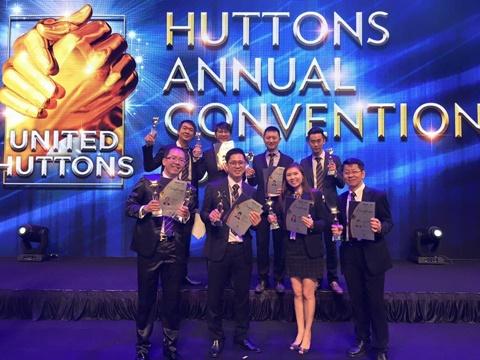 Glyn Yong at Huttons Convention Award