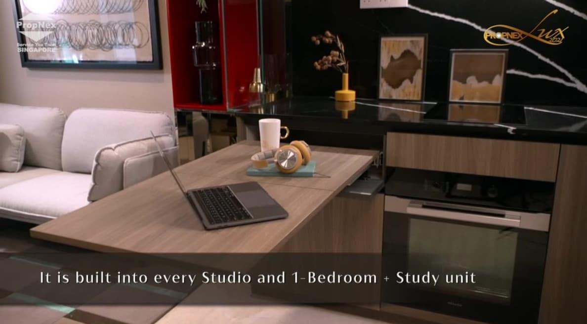 Irwell Hill Residences - Versatile extendable table